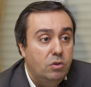 César Álvarez