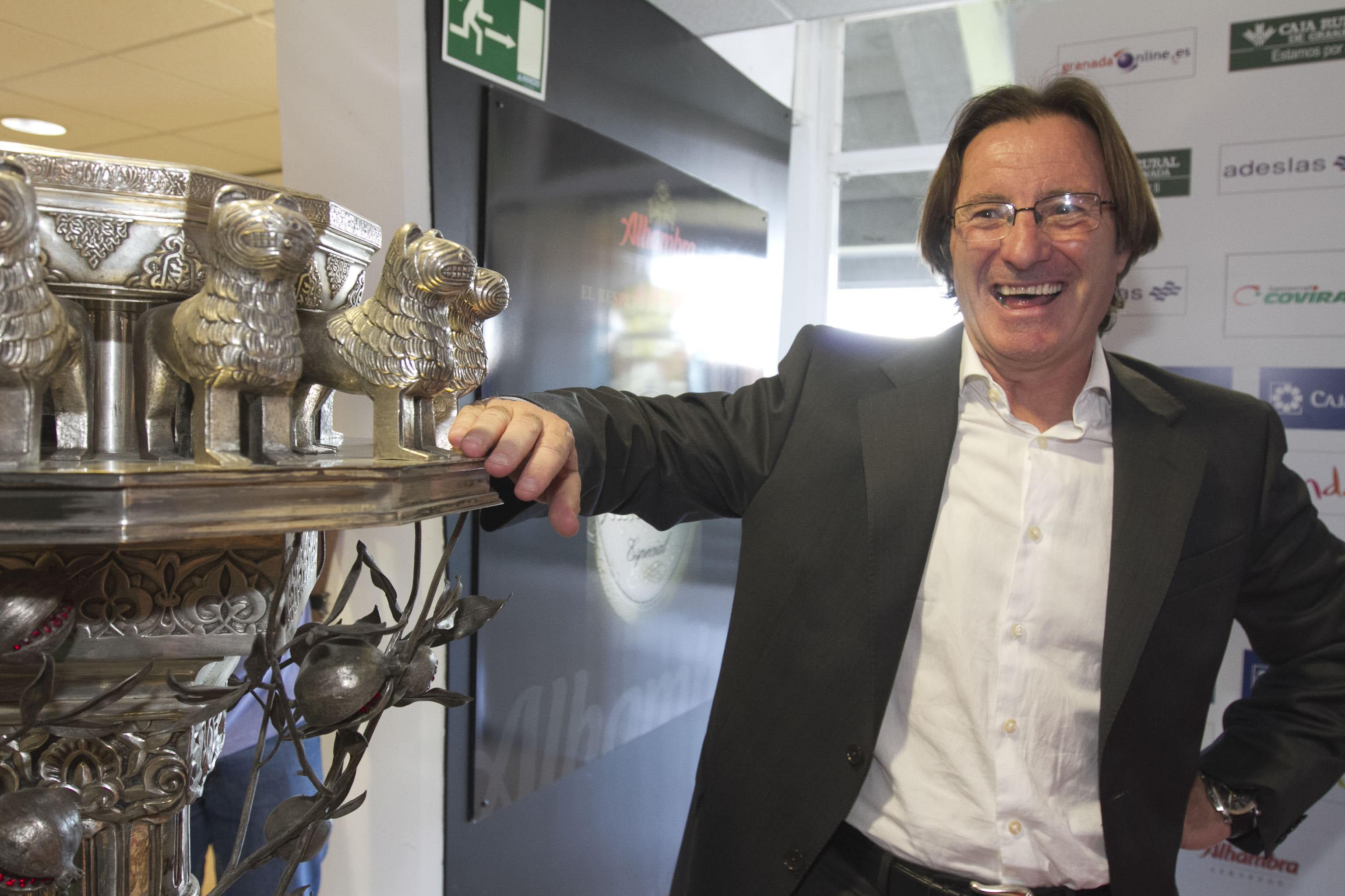 Juan Antonio Anquela, entrenador del Granada